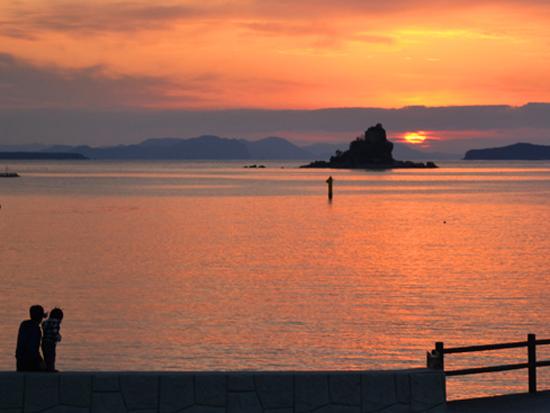 奈古湾の夕景